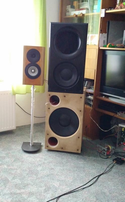 http://www.mervart.eu/!projects/!audio/SUB/RCF_LF+OSWG12_.jpg